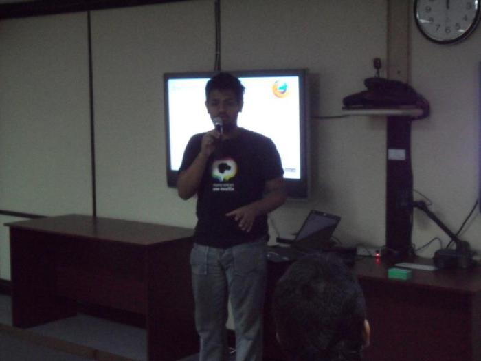 Me talking about mozilla in BRAC University, in 2012